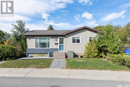 834 Graham Rd, Parkridge Rg, Regina