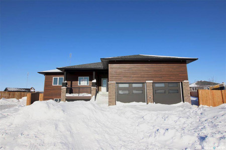 836 Huntington Place in Swift Current - House For Sale : MLS# sk834020