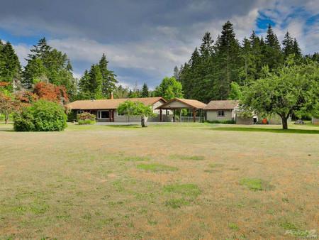 840 Allsbrook Rd, Errington, British Columbia, V9P2H1