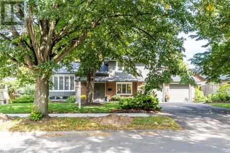 857 Calder Road, Mississauga