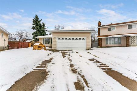 8811 16 Av Nw in Edmonton - House For Sale : MLS# e4230699