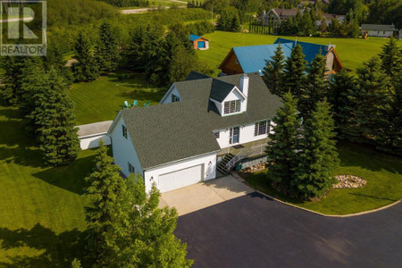 9 41124 Range Road 282, Gull Lake, Alberta, T4L2N3
