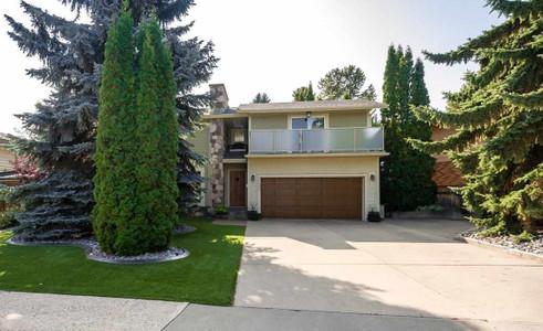 9032 138 St Nw Edmonton