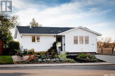 917 W Ave N, Mount Royal Sa, Saskatoon