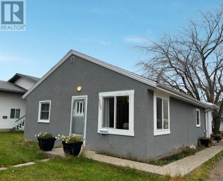 9305 105, Hillside, Grande Prairie