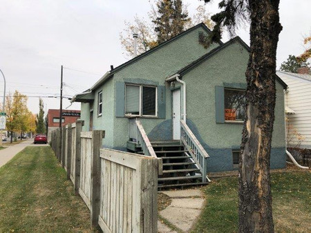 9860 75 Av Nw, Ritchie, Edmonton