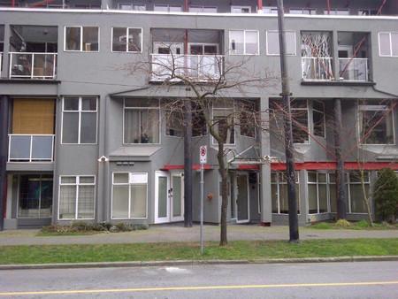 U 1 238 E 10th Avenue in Vancouver, BC : MLS# r2591631